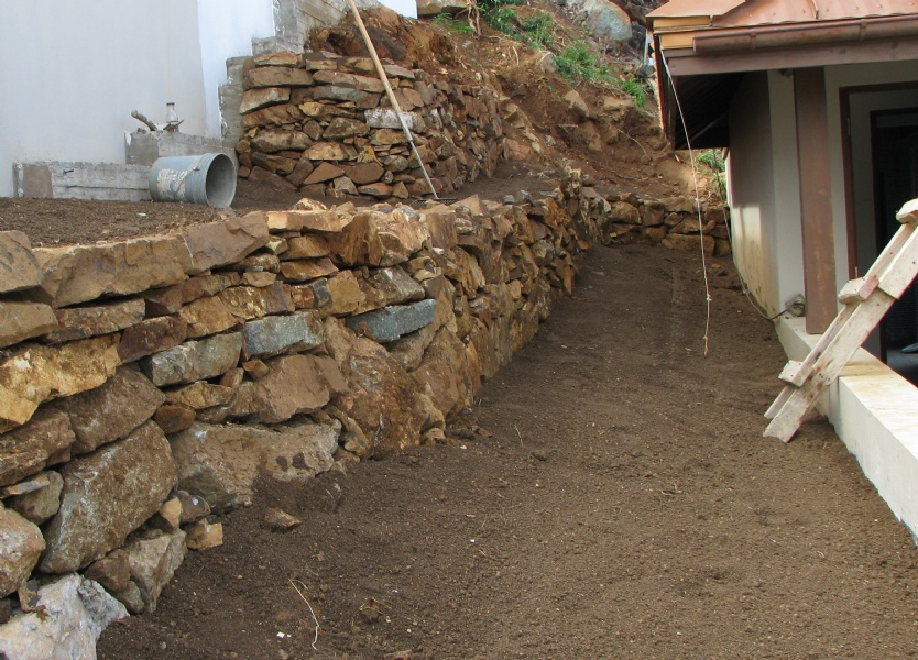 Quality topsoil groundworks bvi for Quality topsoil